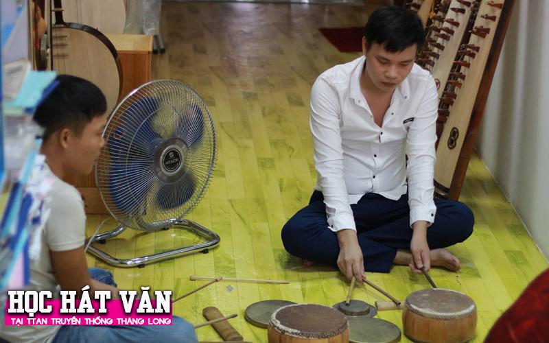Học Hát Văn cùng thầy Lương Trọng Quỳnh 01