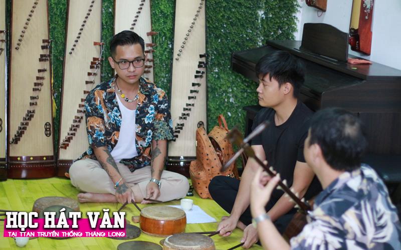 Học Hát Văn cùng thầy Lương Trọng Quỳnh